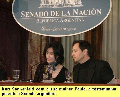 Kurt Sonnenfeld com a sua mulher        Paula, a testemunhar perante o Senado        argentino.