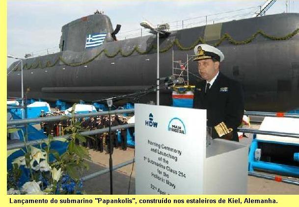 Lançamento do 'Papankolis', submarino construído nos estaleiros de Kiel, Alemanha.