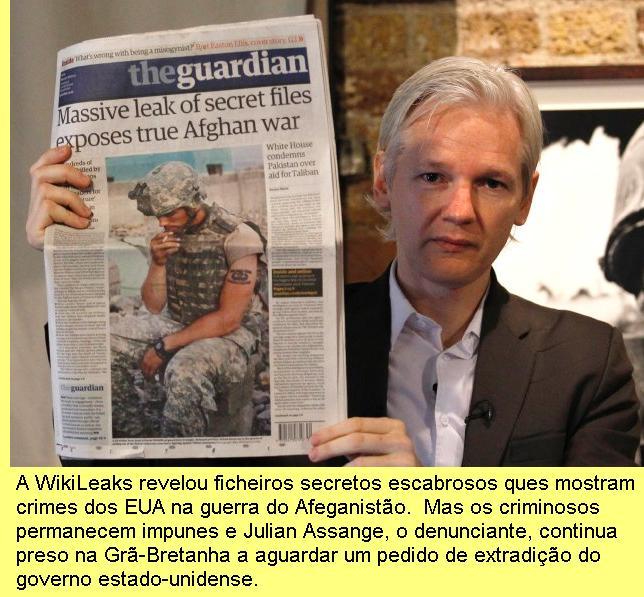 Julian Assange, que denunciou crimes de guerra no Afeganistão.